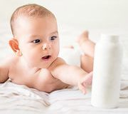 Cosmétiques pour bébés: Imbroglio autour d'un conservateur